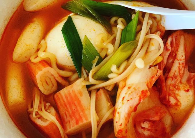 Korean Spicy Rice Cake Noodles