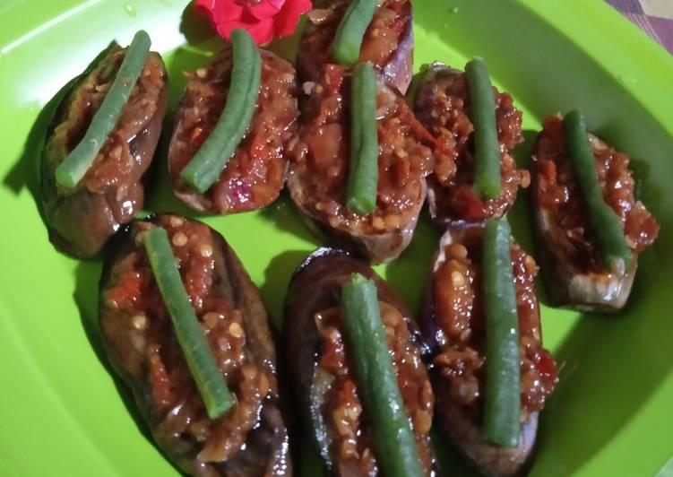 26. Terong goreng topping sambel terasi 🤣