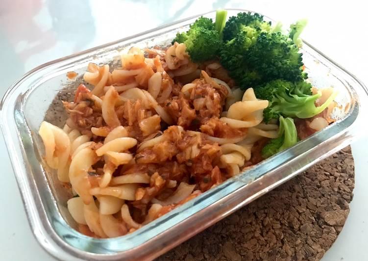 Chilli Tuna Pasta with Broccoli
