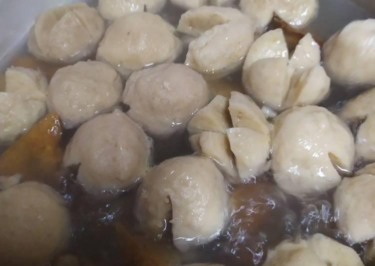 Resep Bakso Tahu Kuah Cemplung Oleh Karimah Cookpad