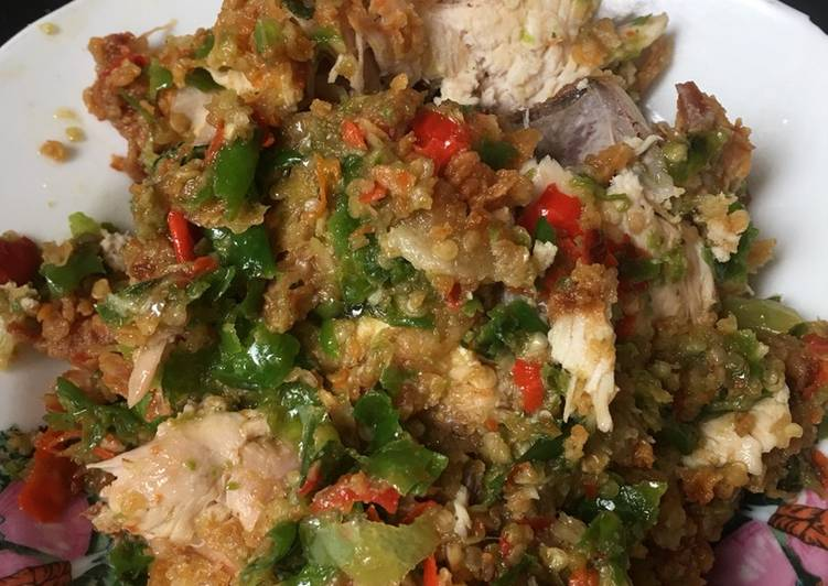 Ayam geprek korek Rawit Hijau
