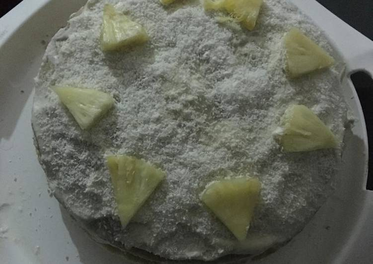 30 Minute Recipe of Homemade Piña colada cake