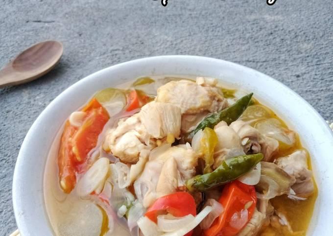 Garang Asem Ayam Kuah Bening Seger (Tanpa Santan)