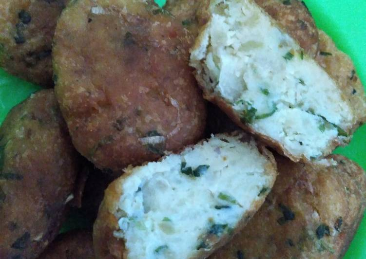 Recipe of Favorite Fried Potato Cakes (Perkedel)