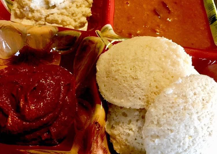 Idli Steamed Rice & Lentil Cake