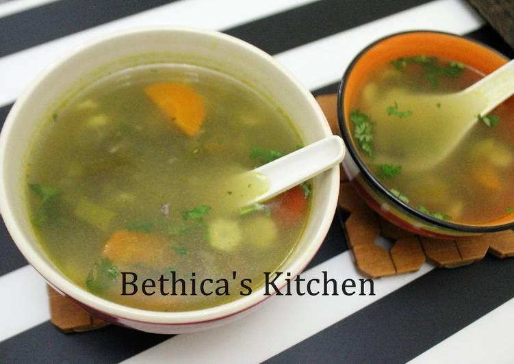 Tom Yum Vegetable Soup