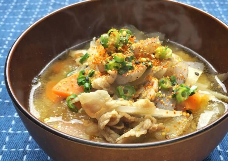 Use Food to Improve Your Mood Tonjiru (Pork miso soup)