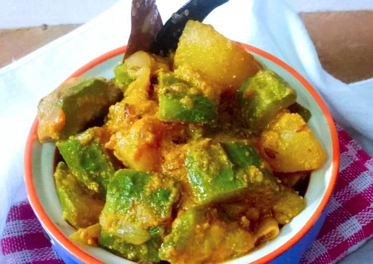 How to Make Delicious Janhi Alu Posta