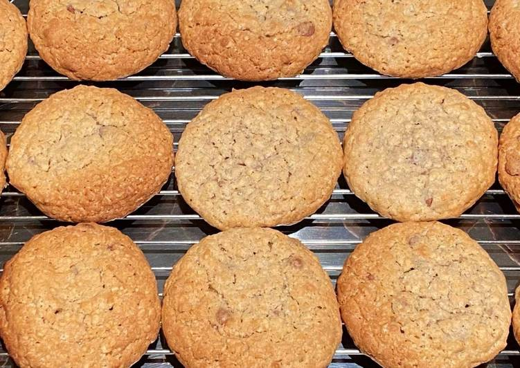 Steps to Prepare Favorite Chocolate and oat cookies