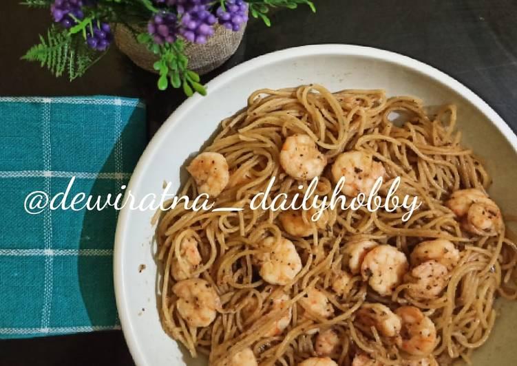 Spaghetti Garlic Prawn