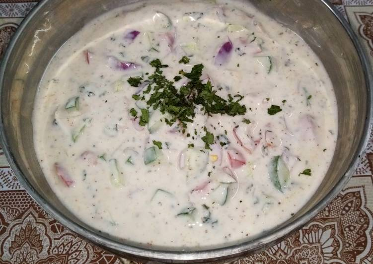 Mixed vegetables raita