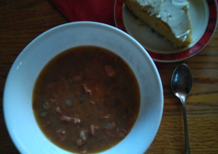 Simple Way to Make Award-winning Pinto Bean And Bacon Soup