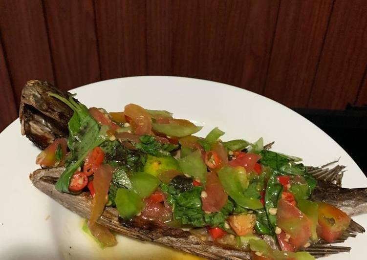 Ikan Bakar dabu-dabu manta (sambal colo-colo)