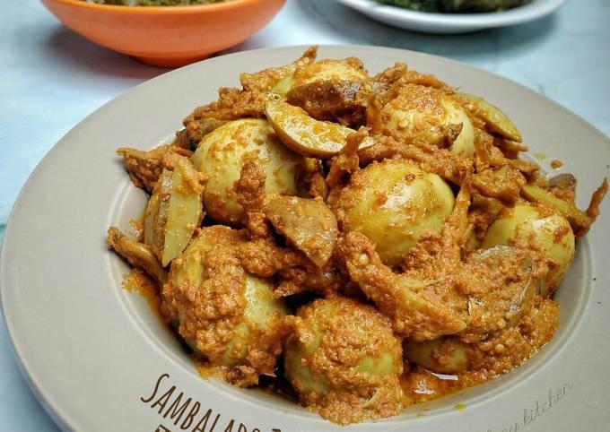Sambalado Tanak (Telur, Teri & Jengkol)