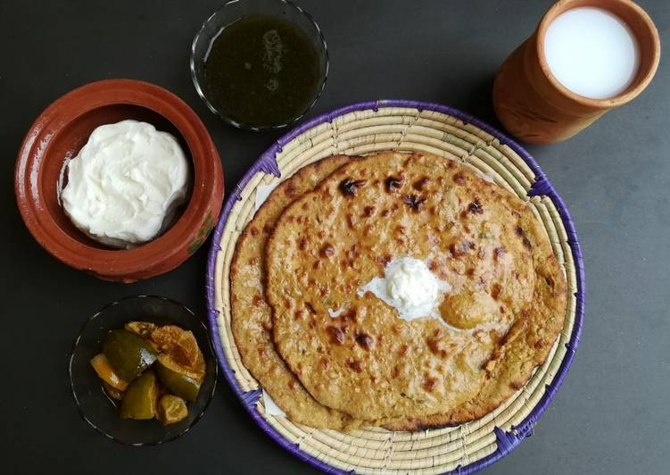 Missi Roti Punjabi style - Laurie G Edwards