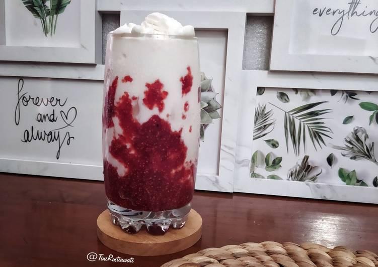 Raspberry Yogurt Milk