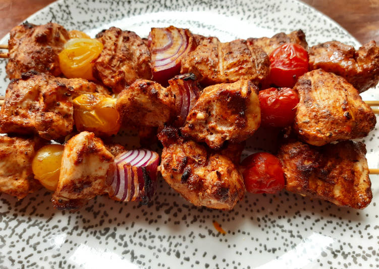 Recette Savoureux Brochettes de poulet aux 4 épices