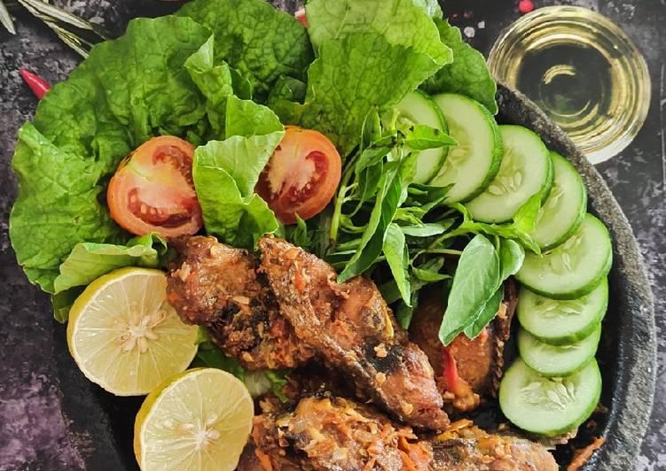 ikan-tongkol-sambal-cobek