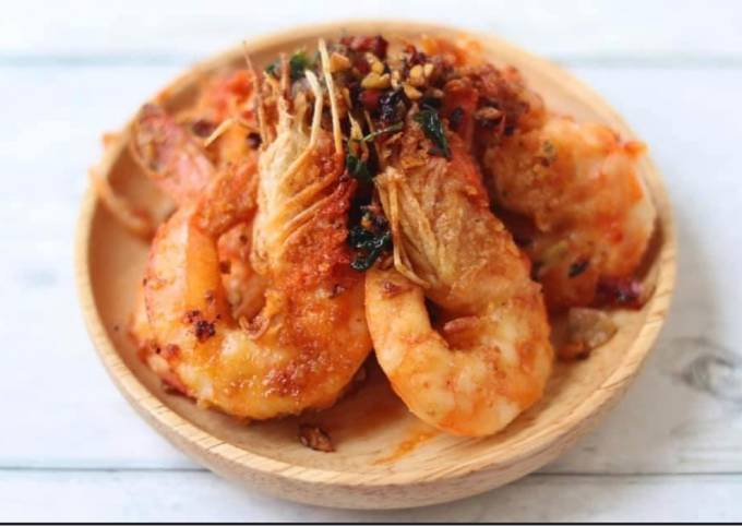 Roasted King prawns with crispy chilli and garlic Thai style 🦐