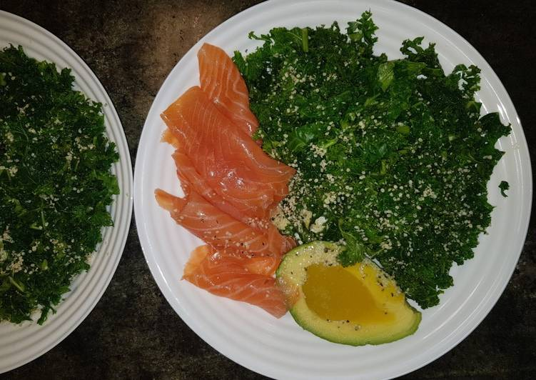 Steps to Prepare Quick Smoked salmon kale avocado salad (paleo, gluten free, dairy fre)