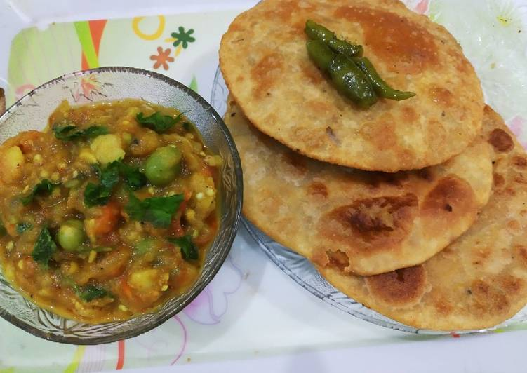 25 Minute Easiest Way to Prepare Cooking Sattu kachori aur baigan Ka bharta