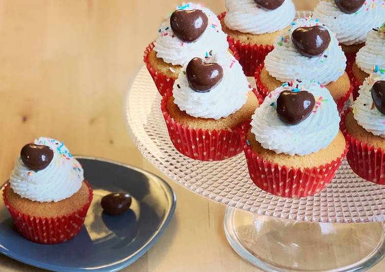 Cupcake vanille, crème chantilly