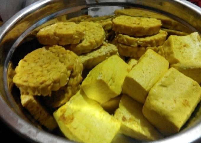 Resep Tahu Tempe Goreng Bumbu Kuning Simple Oleh Iswatul Khasanah Cookpad