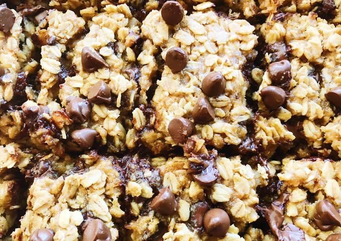 Healthy Chocolate Oatmeal Bars