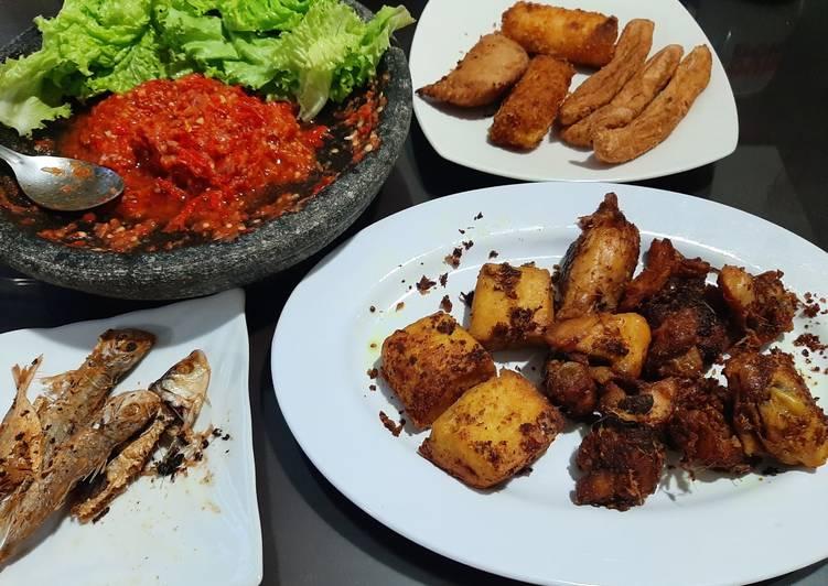 Ayam + Tahu Goreng Ungkep