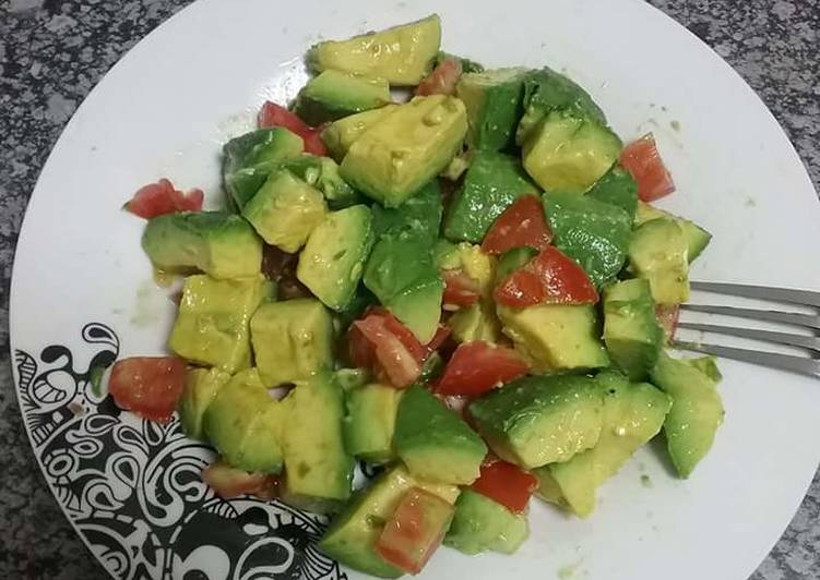 Avocado tomato Salad