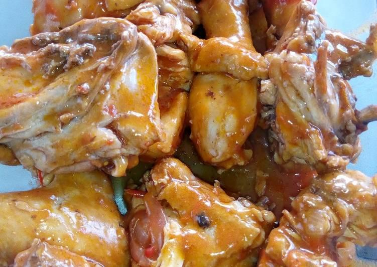 Braised chicken forestiere