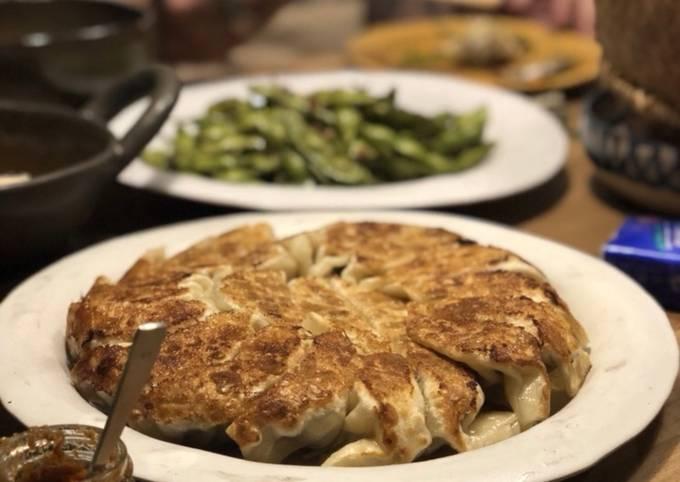 GYOZA(pan-fried dumplings)