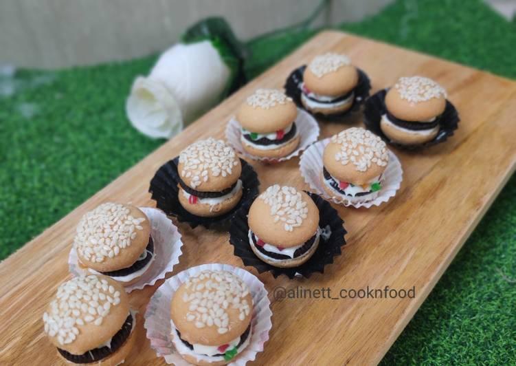 Resep Eggdrop Cookies Burger Character Oleh Alinett Cooknfood Cookpad