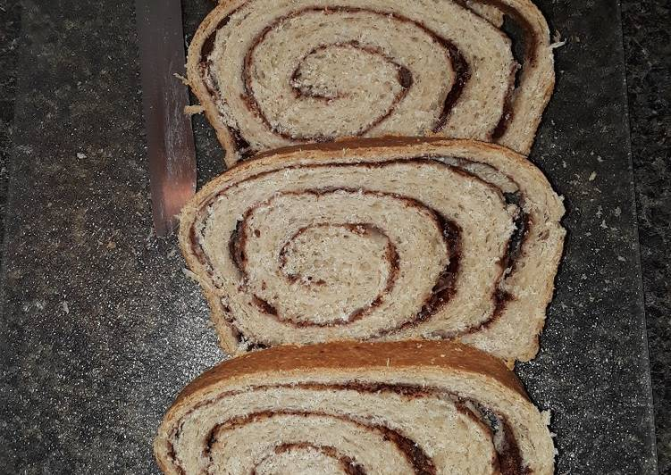 Recipe of Speedy Homemade Cinnamon Swirl Bread