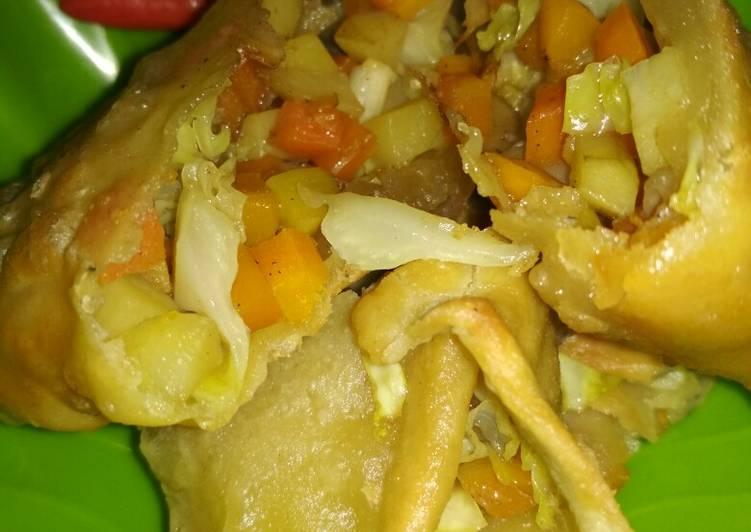 Martabak sayur (isian pastel)