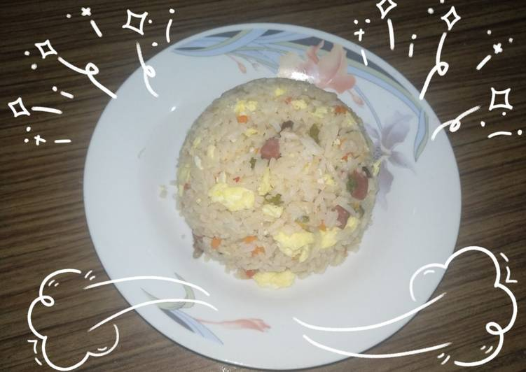 Nasi sosis sayur kukus sehat (bekal sekolah buat ahboys)