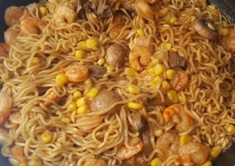 Recipe: Perfect Black Mushroom shrimp noodles