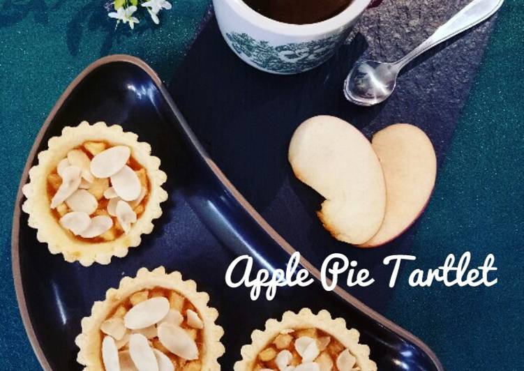 Apple Pie Tartlet with Almond