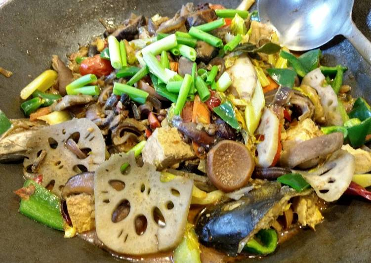 Recipe: Yummy Braised Szechuan chilli Bass