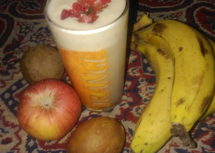 Mix fruits smoothie