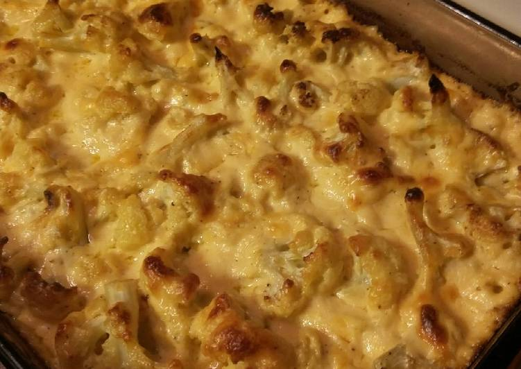 "Cauliflower ""Mac"" and Cheese (Keto friendly)"