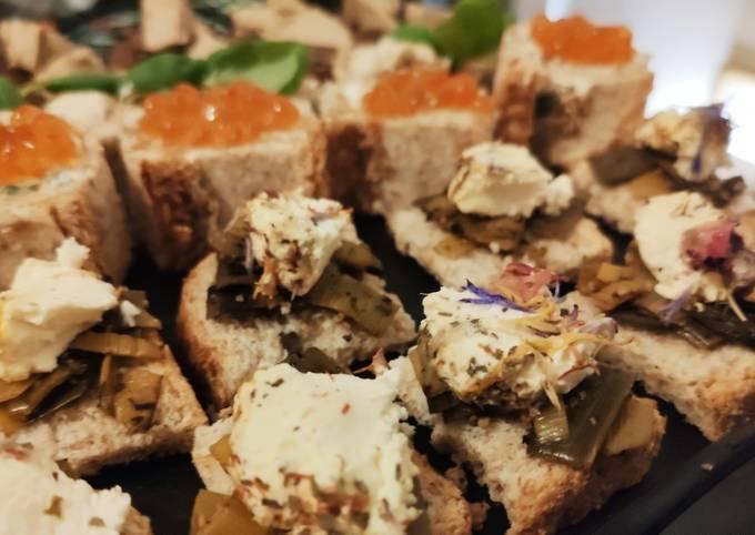 🌺 Canapés fondue de poireaux et chèvre frais