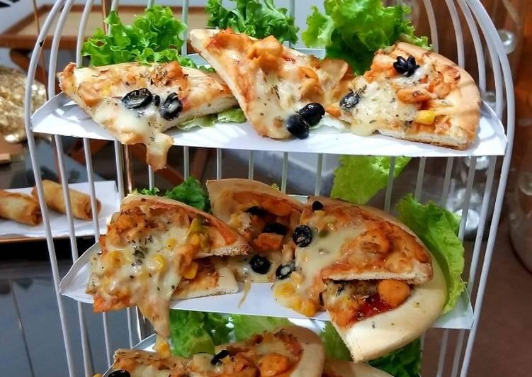 Recipe of Super Quick Homemade Pita pizza