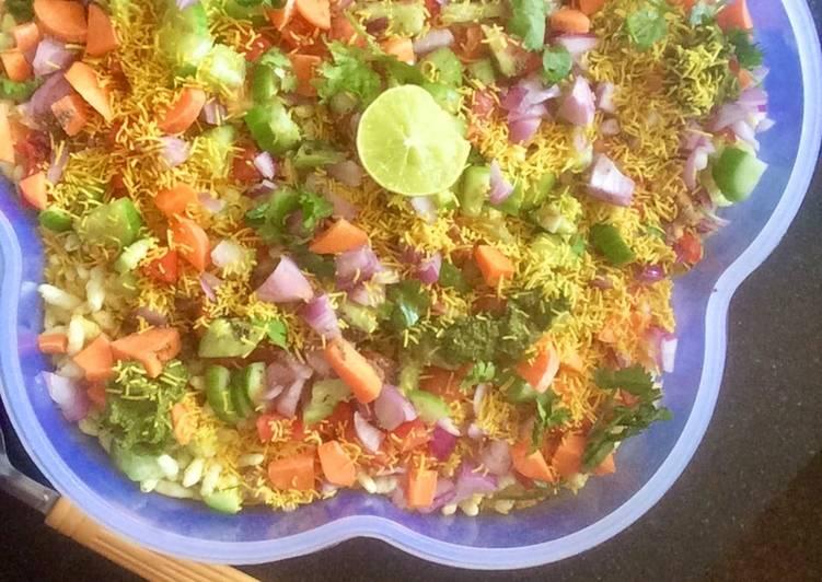 Quick and Easy Recipe: Tasty Veg murmura chaat