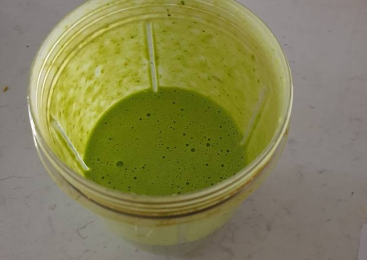 Recipe of Creamy green dream smoothie in 28 Minutes at Home