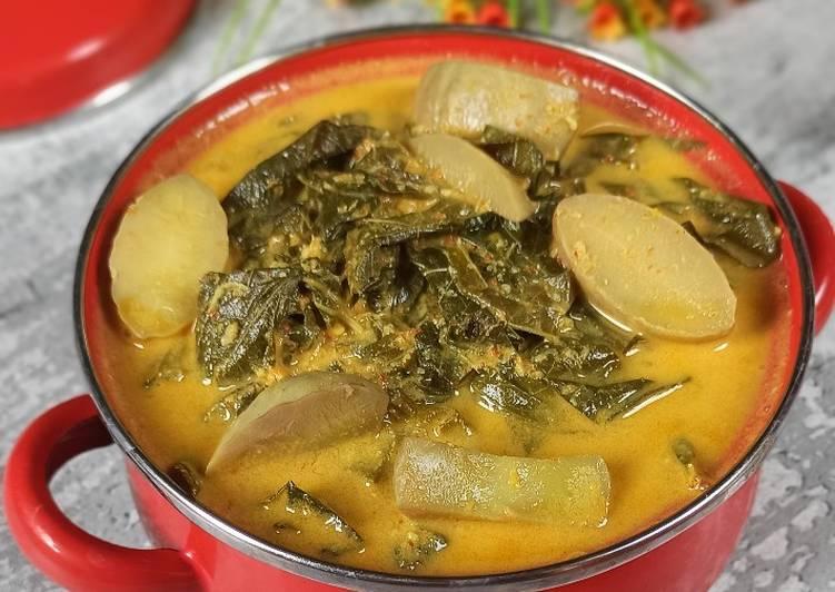 Gulai Pucuk Ubi (singkong)