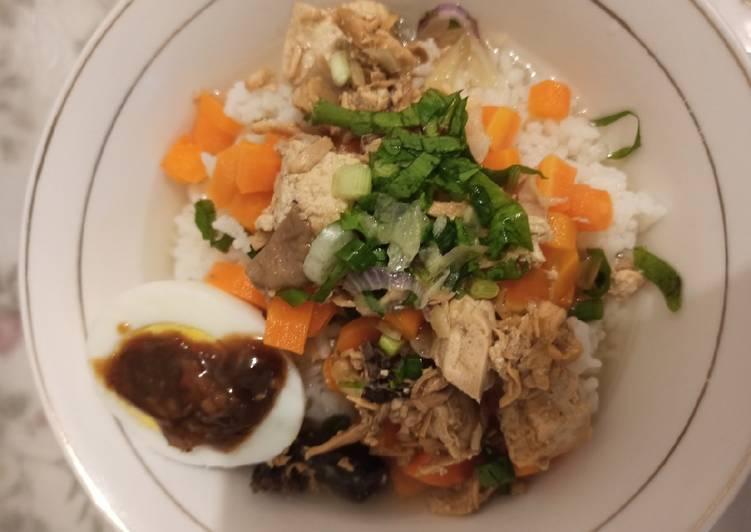 Bakmoy Ayam Tahu