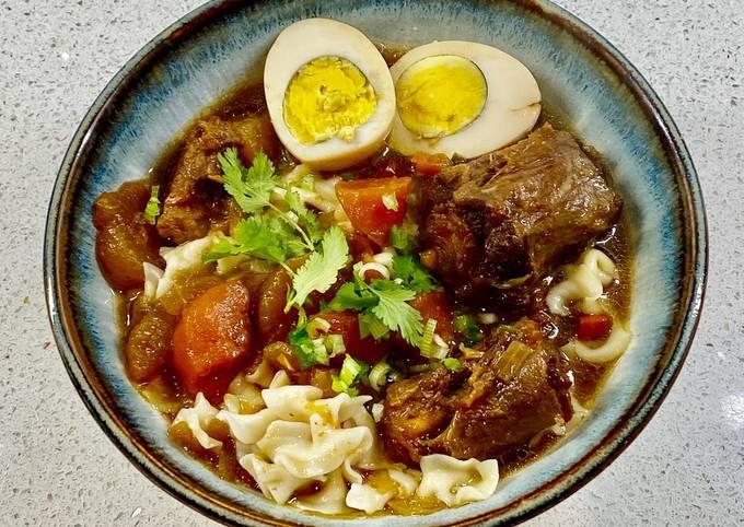Chinese braised oxtail & brisket stew