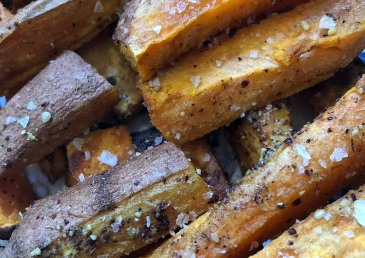 Sweet potato chips/ fries with za'atar - vegan