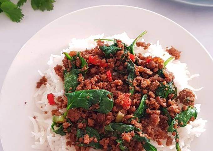 Stir Fried Minced Meat with Baby Spinach